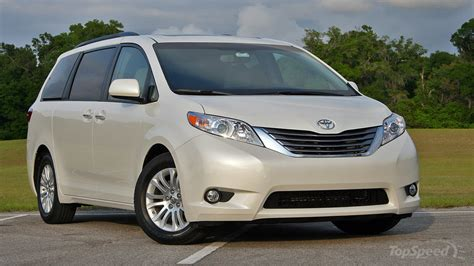nissan sienna 2016 2016 honda odyssey vs 2016 nissan quest compare cars