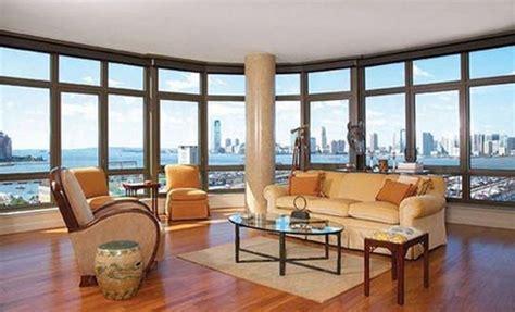 conozca la nueva casa en nueva york del actor de harry potter daniel radcliffe valorada en mas