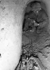 1968 into the abyss the elite tunnel rats books 1 6 hambuger hill 1968 war
