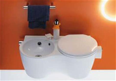 bidet e wc uniti sanitari monoblocco salvaspazio