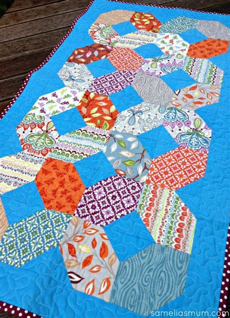 Charm Pack Quilt Tutorials by Entwined Quilted Table Runner Tutorial Uses A Charm Pack
