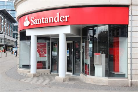 is santander bank open today santander innoventures invests in tradeshift pymnts