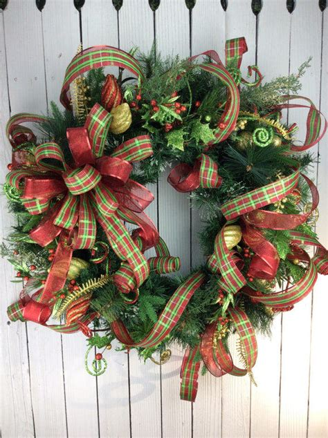 unique holiday door decor wreaths to put anyone in the mood