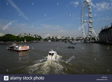 speed boat on the thames city cruise thames river boat stock photos city cruise