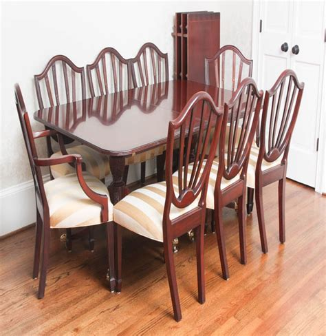 Estate Sale Dining Room Furniture by Baker Historic Charleston Dining Room Table And Chairs Eb