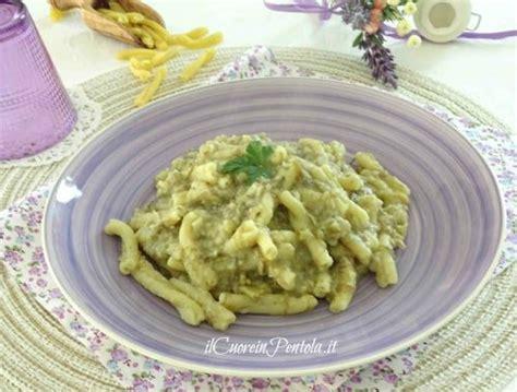 come cucinare fave secche pasta con fave secche ricetta pasta con fave secche