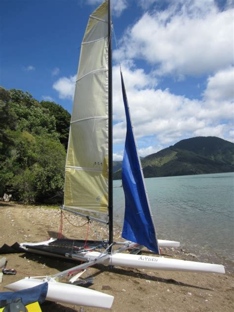 hydrofoil catamaran rc garage built hydrofoil sailing trimaran small trimarans