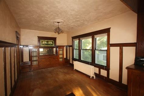 Can A Dining Room Be At The Front Of The House