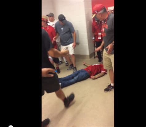 bathroom fight total pro sports 49ers brawl in stadium bathroom is ugly