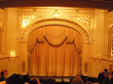 stage house file war memorial opera house stage from director s circle jpg wikimedia commons