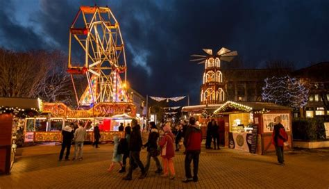 plymouth christmas lights showcase the duke of cornwall