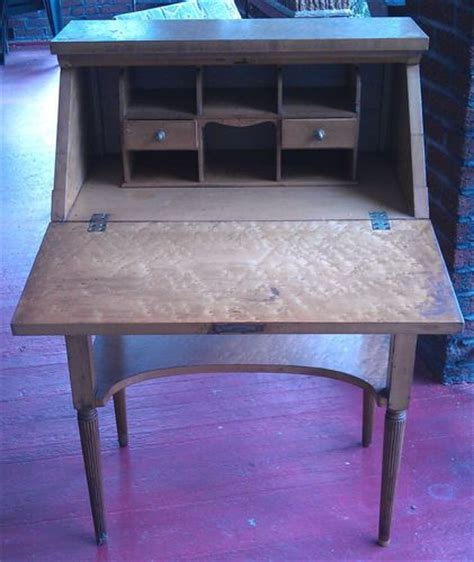 old fashioned computer desk an old fashioned writing desk love it old fashion