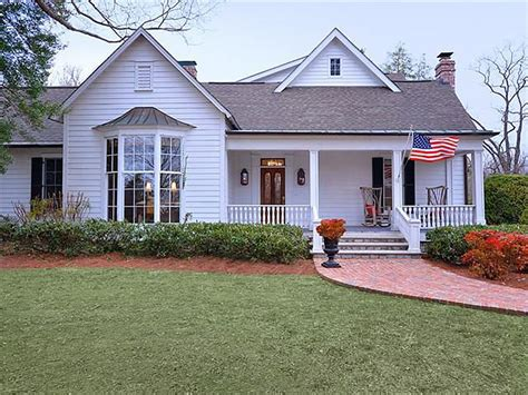 At Home Nashville by Southern Trisha Yearwood Selling Country House Near