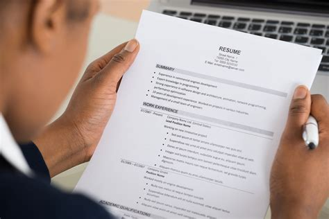 9 Resume Mistakes To Avoid by 9 Resume Mistakes To Avoid If You Want The