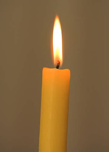 imagenes bellas velas una vela encendida distorsiones