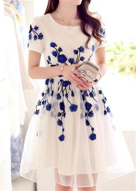 white dress with blue flowers dress dress blue flowers dress white