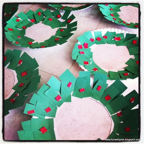 christmas wreath preschool craft have the toddler or