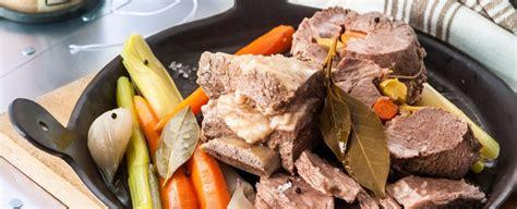 come si cucina il bollito come si prepara il bollito di carne sale pepe