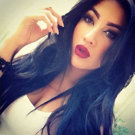 hair and makeup tumblr black hair red lips tumblr www imgkid com the image