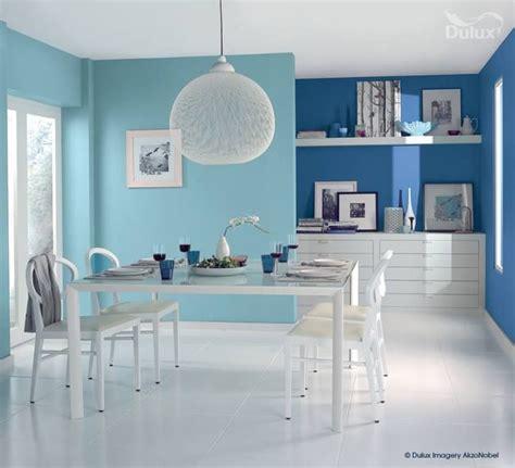 tone blue room    effective