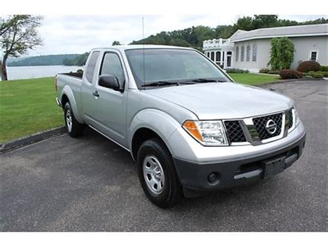 find used 2006 nissan frontier se king cab 4wd damaged salvage low miles priced to sell in find used 2006 nissan frontier xe king cab extended cab 2wd auto pickup truck extra clean in