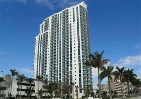 Apartments For Rent In Hallandale Miami Marine Yacht Club Condominiums For Sale And Rent In