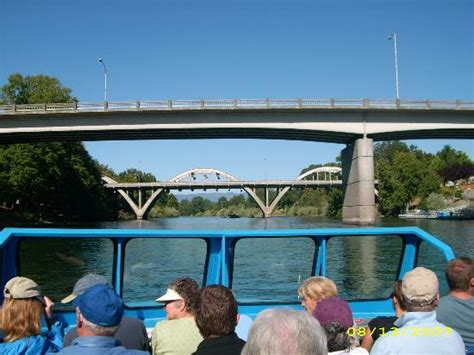 jet boat grants pass ok corral where lunch is served picture of hellgate