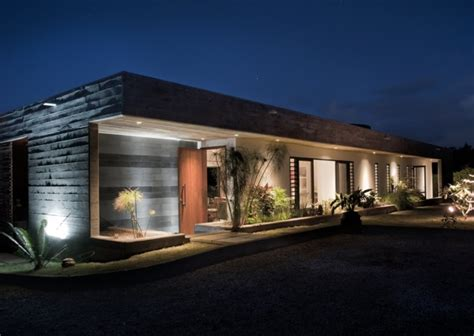 rectangular house designs rectangular concrete house by rethink modern house designs