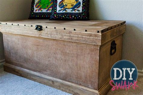 pottery barn inspired furniture 25 unique wooden trunk diy ideas on pinterest diy