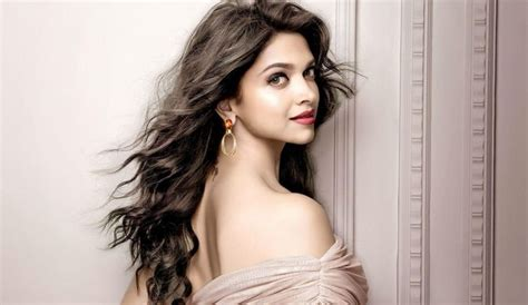 most famous female actresses 2018 top 10 hottest actresses in the world 2018 world s top most