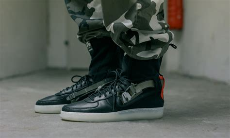imagenes nike r9 an on foot look at the acronym x nikelab air force 1 downtown