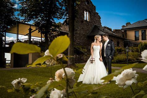 hochzeit auf burg schwarzenstein in geisenheim oliver lelke - Hochzeit Auf Burg