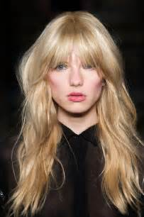 pictures of bangs shorter in the middle longer on sides the fringe bangs hairstyle trend
