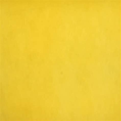 background bludru polos kuning