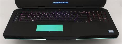 Asus Vs Alienware Gaming Laptop gaming battle alienware 17 r3 vs acer predator 17 vs asus rog g752