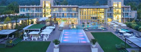 alberghi con in hotel con centro benessere spa lago di garda bardolino