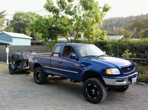 Truck Canopy Medford Oregon by What Color Is My Truck Ford F150 Forum Community Of