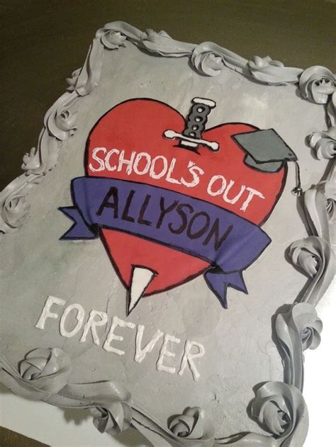 S Out Forever Cake Aliceoper Cakes Alice
