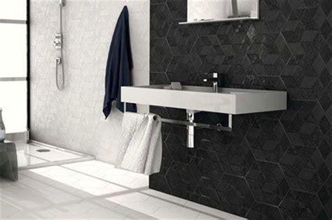 Black tiles walls and floors