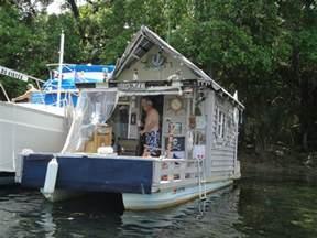 relaxshacks com ten super cool tiny houses shelters