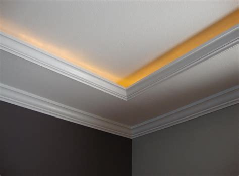 Ceiling Light Crown Molding Crown Molding Lighting Diy Mouldings Pinterest Moldings Crown And Lights
