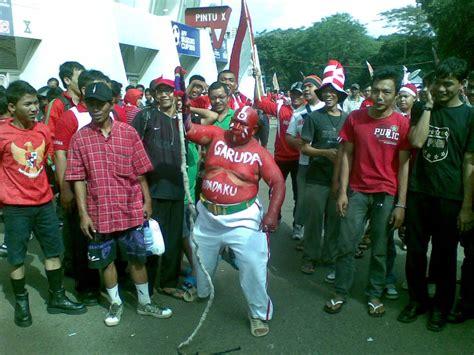Blower Fan Jakarta kami hebat fakri atau irfan xde mood ni tulis je