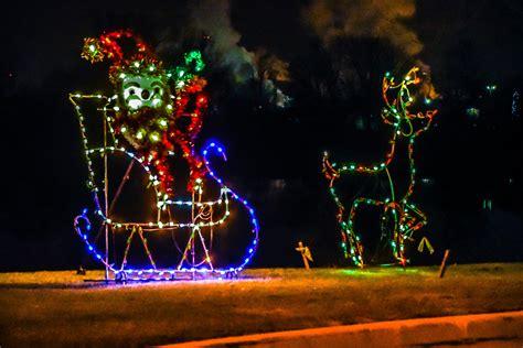 christmas season has arrived in niagara falls niagara