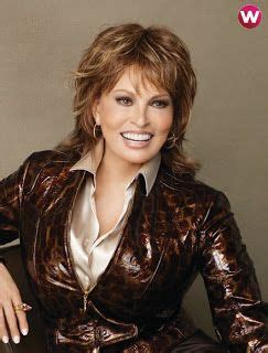 raquel welch foster grant waiters commercial youtube best 25 raquel welch today ideas on pinterest raquel
