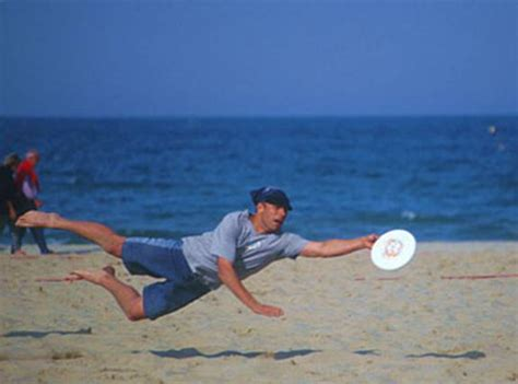 how to to catch frisbee frisbee by michael mccafferty