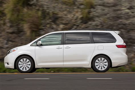 Nissan Reliability Vs Toyota 2015 Toyota Vs 2015 Nissan Quest Which Is Better