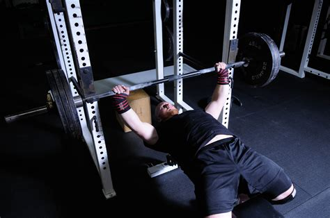 how can i increase my bench press fast 100 how to improve