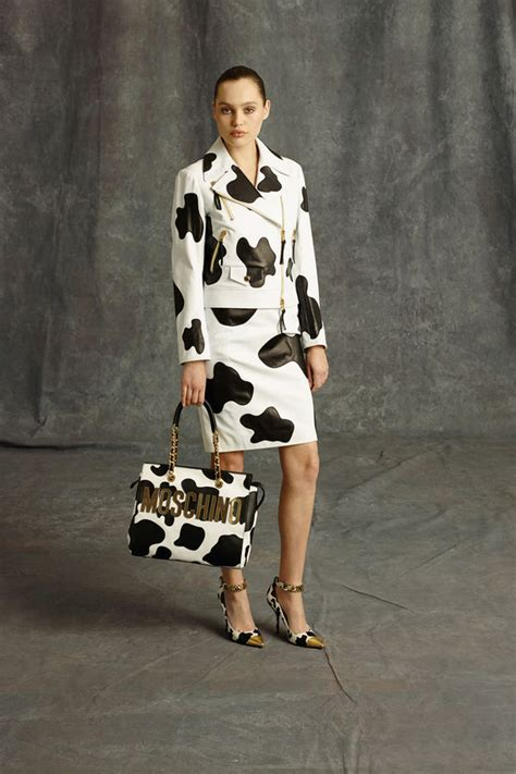 bold  printed couture moschino pre fall collection