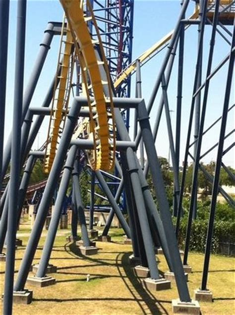 roller coaster swing new swing ride texas skyscreamer picture of six flags