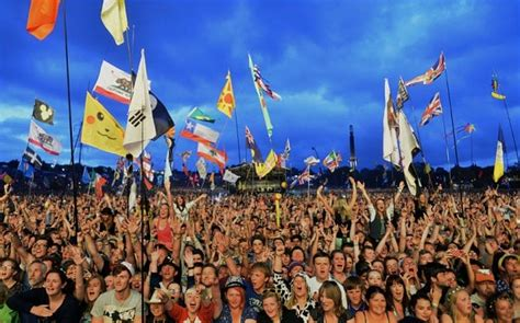 glastonbury festival  sell   record time telegraph